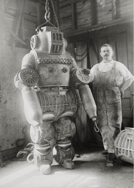 ROBOT SOCIAL MEDIA